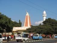 Индуистский храм и мечеть в г. Лусаке (фото Д.М. Бондаренко)