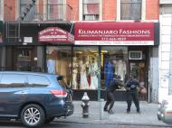 В «Маленьком Сенегале» – нью-йоркском районе на Манхэттене, в Гарлеме вокруг 116-й улицы между 5 и 8 авеню, населенном выходцами из франкоязычных стран Западной Африки