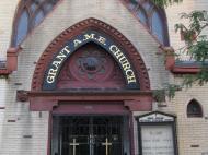 Вход в одну из «африканских церквей» Бостона