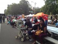 Африкано-американская семья на «фестивале барбекю» в Сент-Луисе (фото В.В. Усачевой)