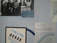 Стенд в Музее истории штата Миссури, посвященный выборам в 1992 г. первого в истории Сент-Луиса черного мэра Ф.Р. Бозли (фото Д.М. Бондаренко)