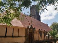 Вид на церковь сбоку (фото А.А. Банщиковой)