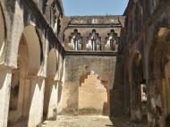 Комплекс зданий миссии в Мбвени - миссионеры заняли часть уже существовавших там построек (фото А.А. Банщиковой)