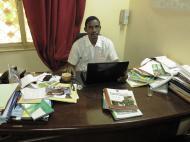 Нигер Ибраим Диори - активист некомерческой организации, продвигающей демократические ценности в нигерском обществе