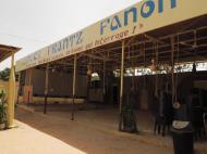 Нигер Клуб имени Франца Фанона основанный прогрессивной нигерской интеллигенцией продолжает демократические традиции современного нигерского общества