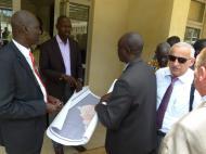 Министерство дорог и мостов. Главная проблема Ю.Судана (как и многих других стран Африки) - отсутствие необходимой для развития инфраструктуры.