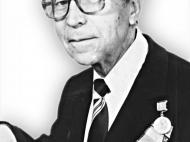 СТАРУШЕНКО Глеб Борисович (1922-2007) Капитан. Закавказский фронт.