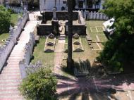 Кладбище возле дворца султана, Стоун Таун, Занзибар (фото А.А. Банщиковой)